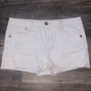 Jolt size 11 white shorts